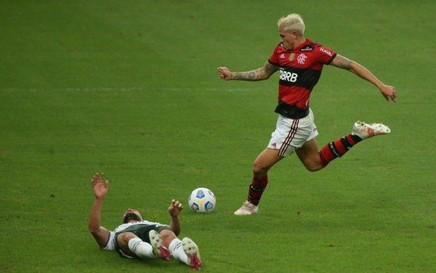 Flamengo X Palmeitas se enfrentam no estádio do Maracanã pela 1 rodada do Campeonato Brasileiro