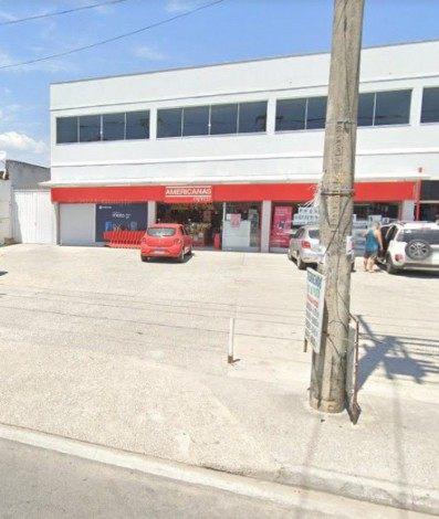 Unidade das Lojas Americanas, no bairro Sepetiba, é assaltada por criminosos neste domingo (10) - Google Maps