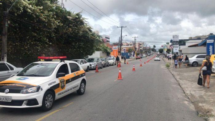 Agentes da SMTT interditarão trânsito no Pinheiro para a realização de estudos geológicos. (Foto: Ascom SMTT)