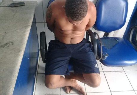 Tiago dos Santos Sirino, de 35 anos, disse que a droga era para consumo (Ricardo Alexandre/7Segundos)