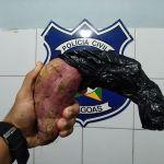 Homem é preso ao tentar praticar assalto com uma batata doce