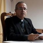 Bispo alagoano emite nota após polêmica com Caetano Veloso