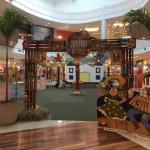 Vila Junina do Parque Shopping abre temporada de forró no Dia dos Namorados