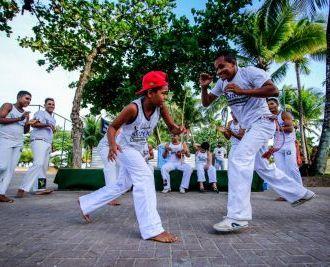 Ginga Capoeira: mestres comemoram iniciativa