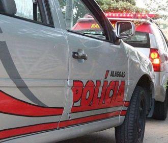 Homem arromba escola, tenta furtar objetos mas é detido pela polícia em Traipu