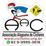 Ciclistas alagoanos protestam por ciclofaixas na Jatiúca, nesta terça