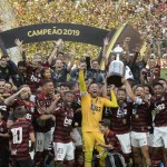 Flamengo conquista a tríplice coroa