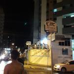 Bombeiros controlam incêndio em apartamento da Ponta Verde, em Maceió