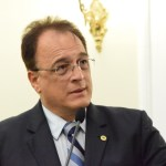 Deputado apresenta projeto que 'bonifica' profissionais da Saúde no enfrentamento à Covid-19