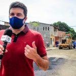 Prefeito Rui Palmeira vistoria obras do Nova Maceió no Clima Bom