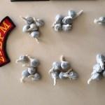 Homem é encontrado com 26 bombinhas de maconha em São José da Laje