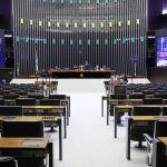 Adiamento das eleições municipais para novembro é aprovado na Câmara