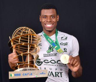 Bauru repatria mais um campeão do NBB para temporada 2020/2021