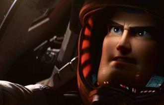 """Chris Evans celebra filme de Buzz Lightyear: """"Sonho realizado"""""""