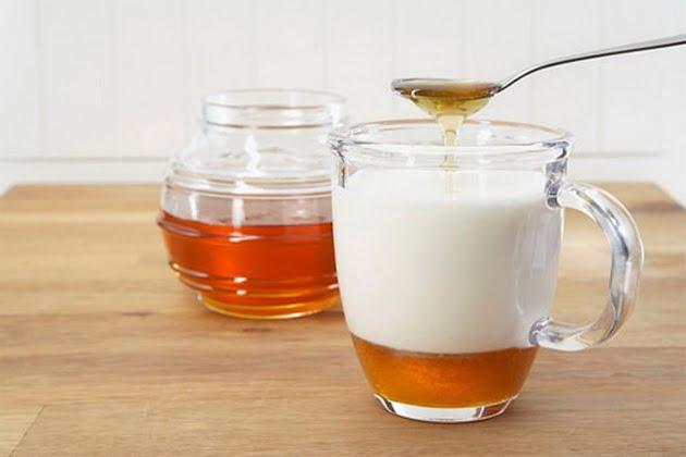 Lợi ích khi uống sua mật ong