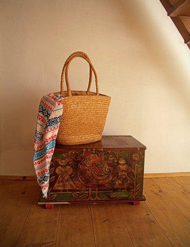 traditiona-bag