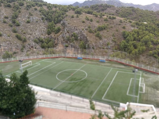 Un campo en Frigiliana, Málaga, descubierto por nuestro seguidor Jose Manuel. Desde ahí arriba se verá bien la táctica.