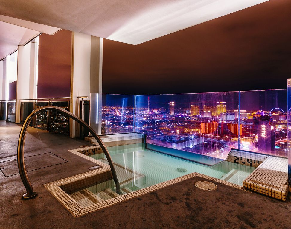 Huge Penthouse Private Jacuzzi On Balcony W Vrbo