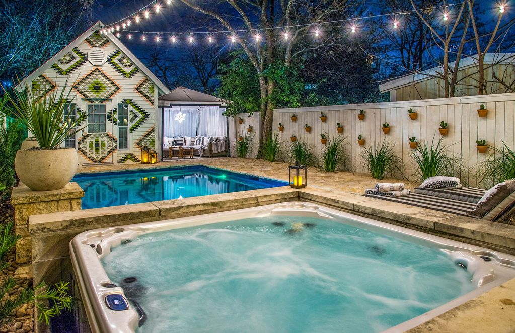 3br Travis Heights Victorian W Pool Amp Hot T Vrbo