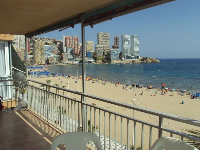 5th Floor Beach Front Apartment Outstanding Views Out To Sea And Benidorm Island
