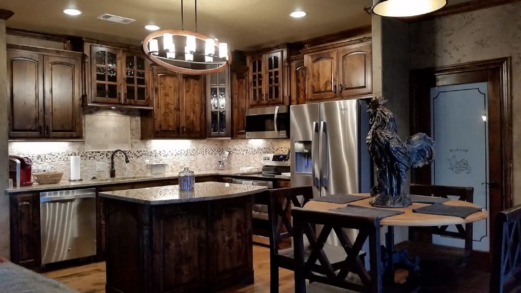 New Cozy Barndominium With Pool And Yard Haslet