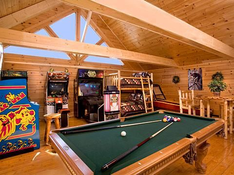 Fun Zone In Pigeon Forge Unforgettable 3 Bedroom W Gameroom Views Amp Full Theater Pigeon Forge