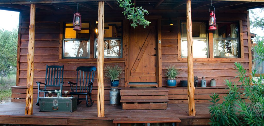The Moonshiner Cabin: Prohibition Era With A Twist Of