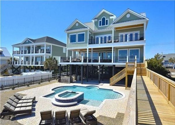 Luxurious Oceanfront Home With Swimming Poo... - HomeAway