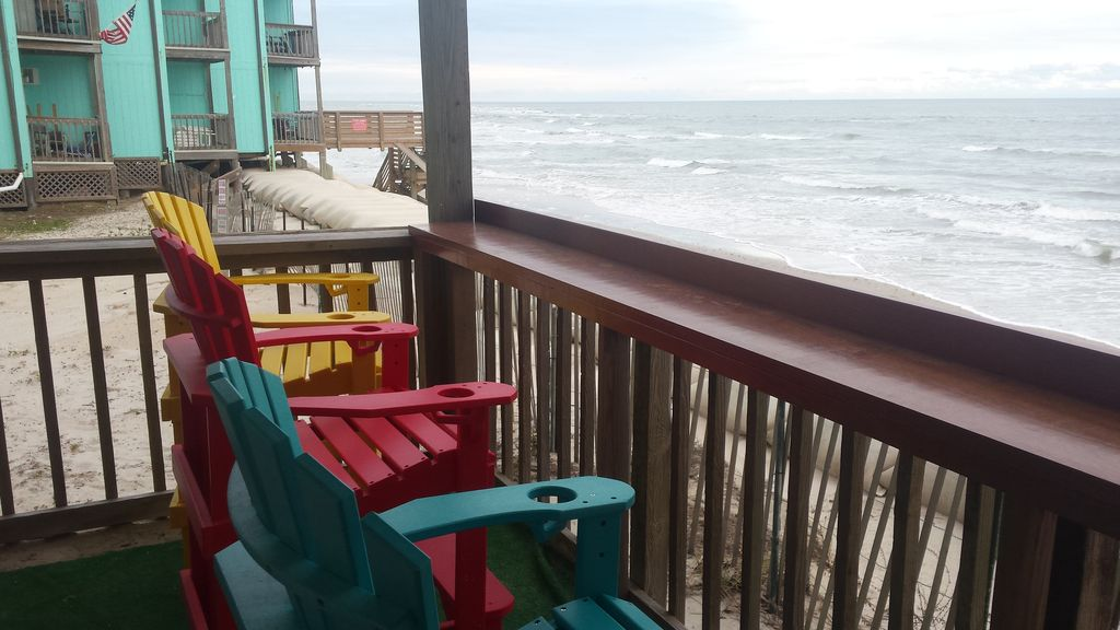 Oceanfront Villa Located At Topsail Reef 1st Floor !