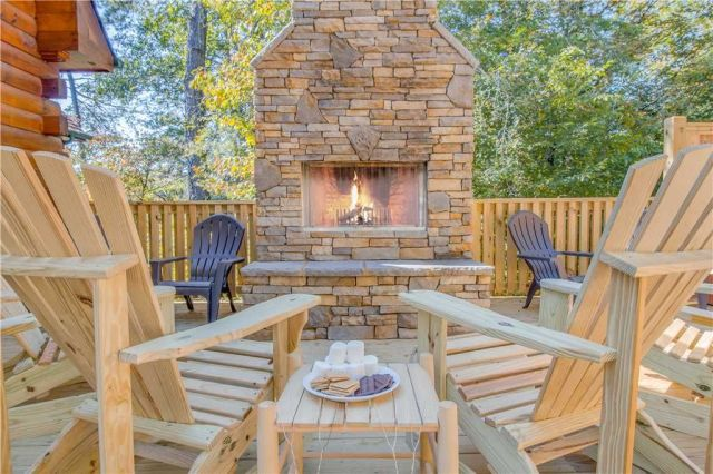 Outdoor Fireplace - Gather the family and cozy around the fireplace after a long days adventure.