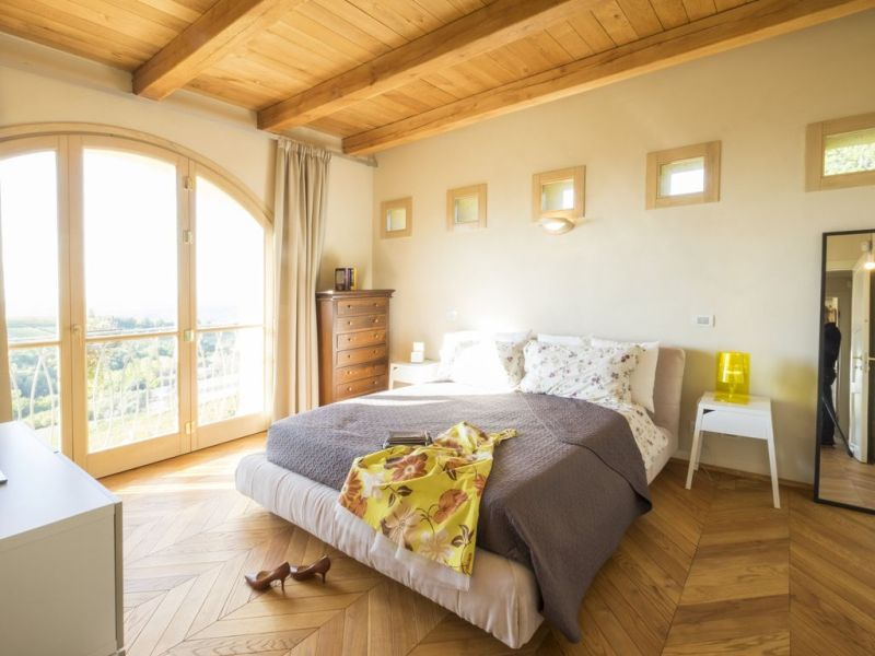 Panoramic villa on the hills of the Langhe       VRBO