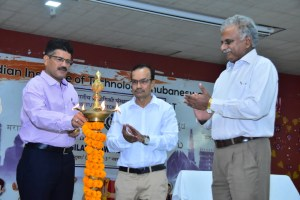 Special Lecture in IIT-B Inaugurated