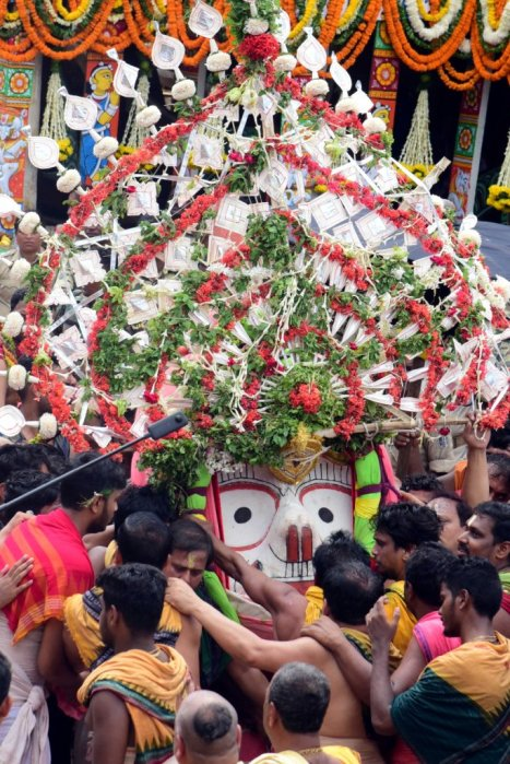 Lord Balabhadra pahandi on Bahuda Yatra in Puri on Friday