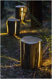 необычный садовый светильник в виде пня