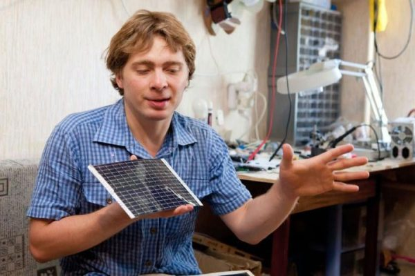 дмитрий лопатин с солнечной батареей