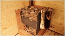 Печь-каменка с подогревом воды (рукомойник)