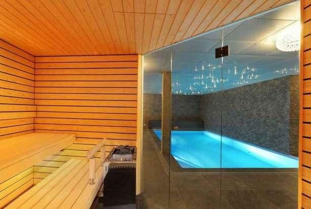 баня дом с бассейном