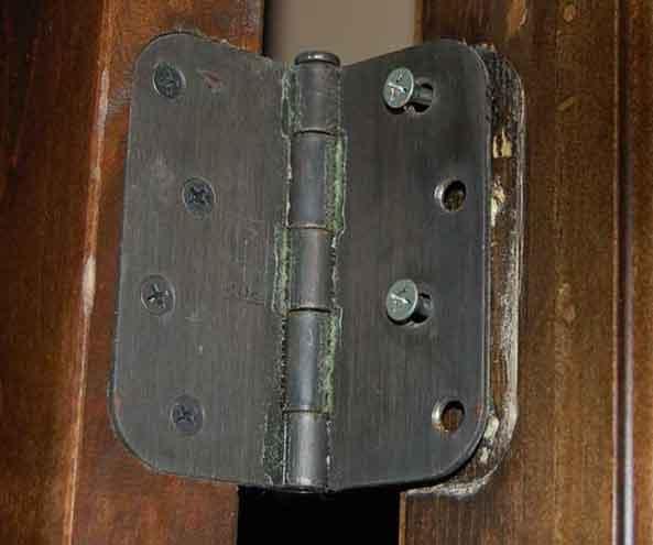 замена дверных петель