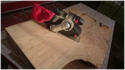 Обработка древесины электрорубанком