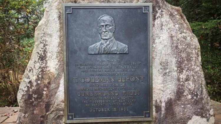 Tablet honoring T. Coleman duPont and his family for their 1930 donation of Cumberland Falls to the State of Kentucky. The tablet was erected 'under the auspices of The Optimist Club of Louisville.'