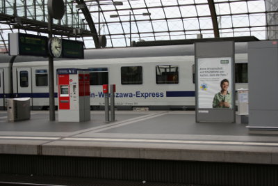 vlak-nadrazi-berlin