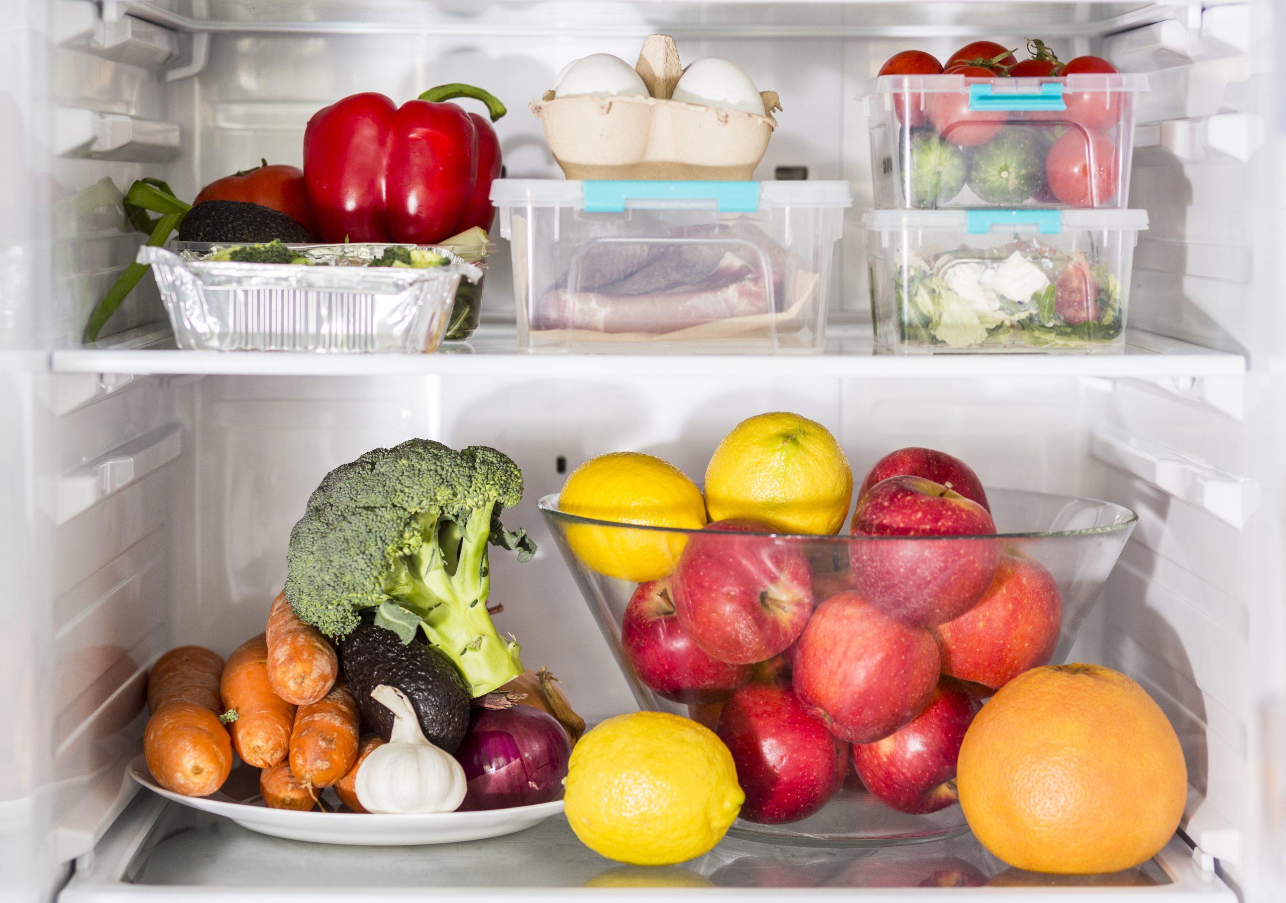 Jak prawidłowo przechowywać żywność w lodówce?