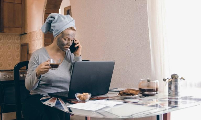 Jak być efektywnym w czasie pracy z domu?