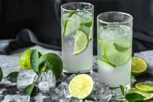 Co pić w gorące dni. Najlepsze napoje na upał