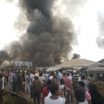 [VIDEO] Mob Kills Policeman, Burns Down Church In Akure