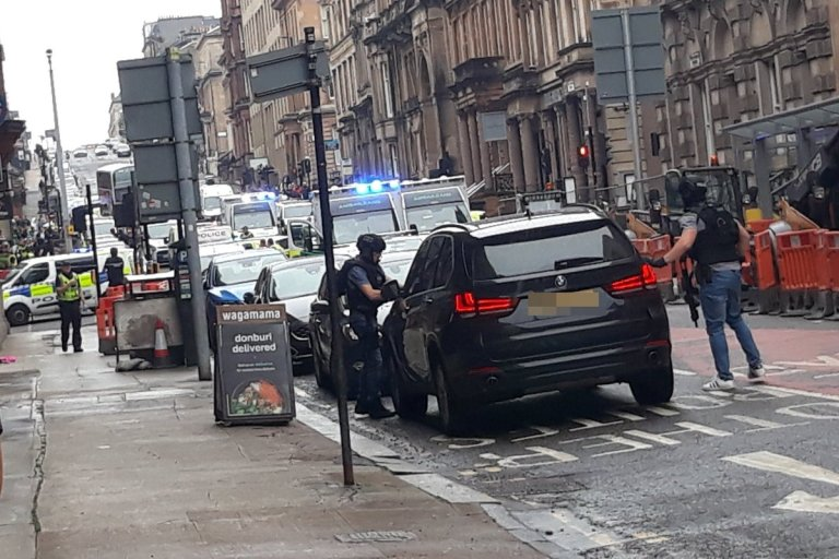 Officer Stabbed, Suspect Shot Dead In Glasgow Violence
