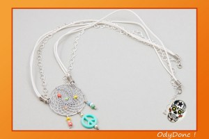 Collier Sautoir Ethnique Attrape Rêves Dreamcatcher Pendentif Fait Main Peace and Love