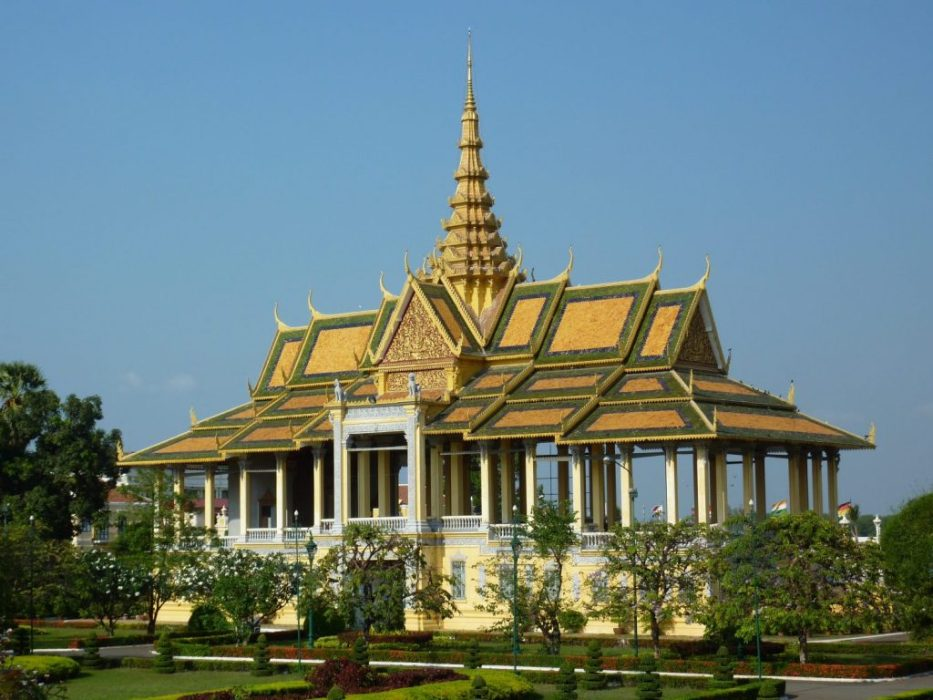 Buddhist temple in Phnom Phen