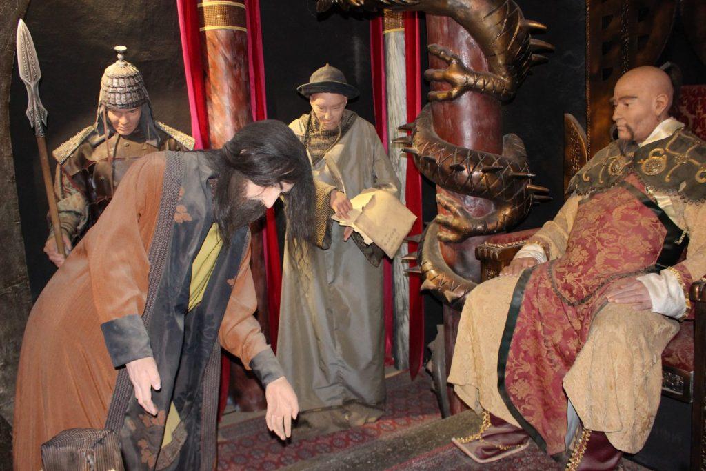 a rendering of Marko meeting Kubla Khan