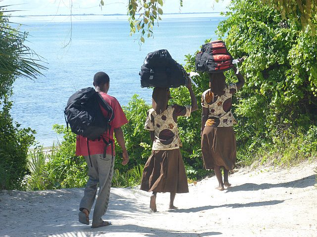 leaving Guludo